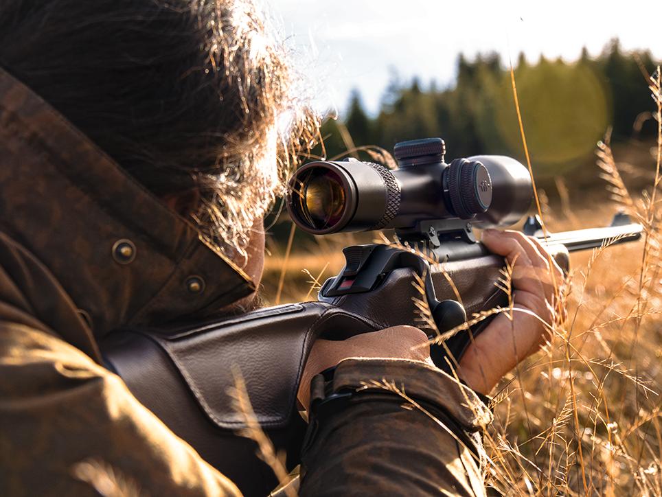 Blaser stellt zielfernrohre vor jagdpraxis